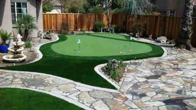 Project: Brentwood, CA Backyard Putting Green With Artificial Grass