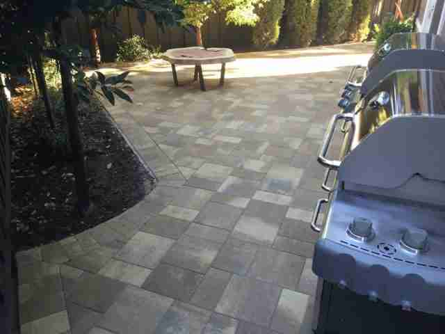 Project: Redwood City, CA Backyard Pavers