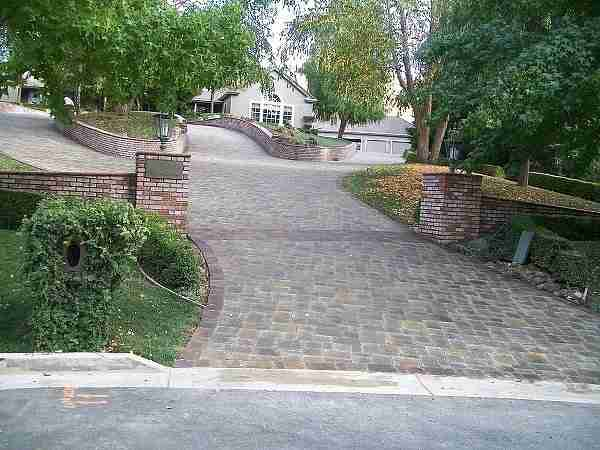 Project: Beautiful Interlocking Paver Driveway in Alamo