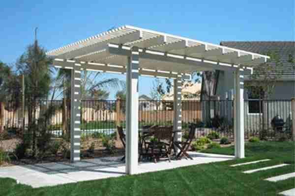 Project: San Ramon Pergola – Miter Cut with Standard Posts
